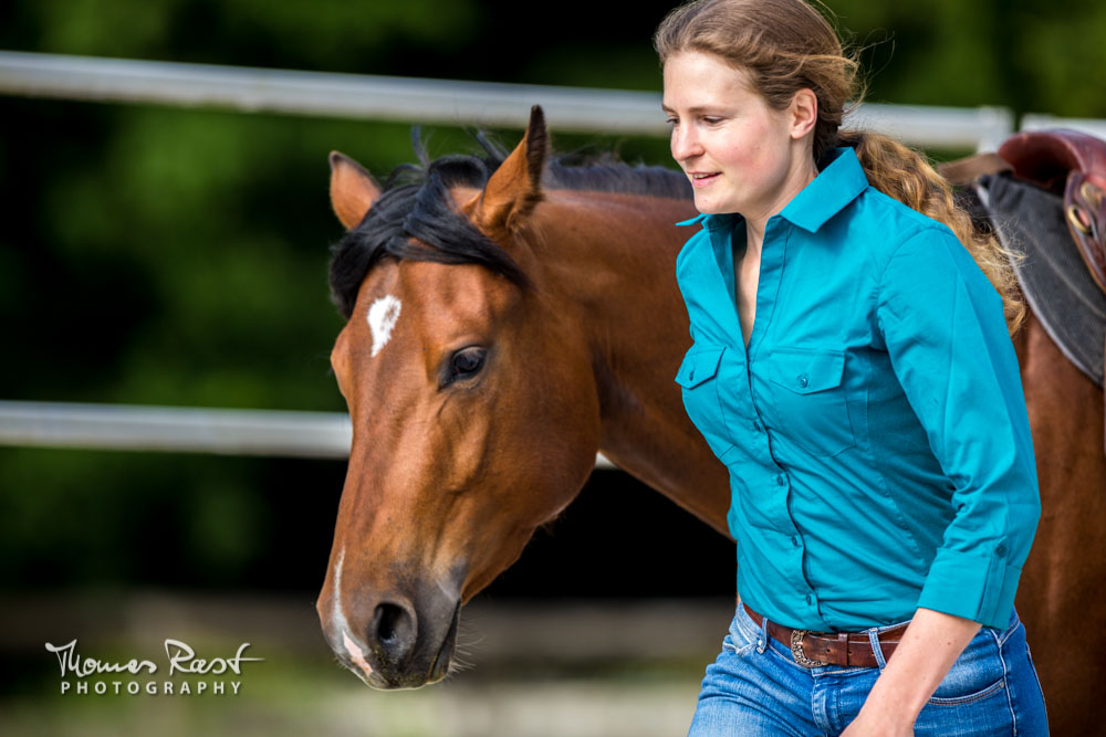 Gabi Neurohr Foundation Training - Liberty with Quarter Horse mare